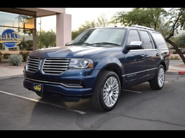 Used Used 2015 Lincoln Navigator Reserve 4WD for sale $27,800 at Metro West Motorcars LLC in Shrewsbury MA