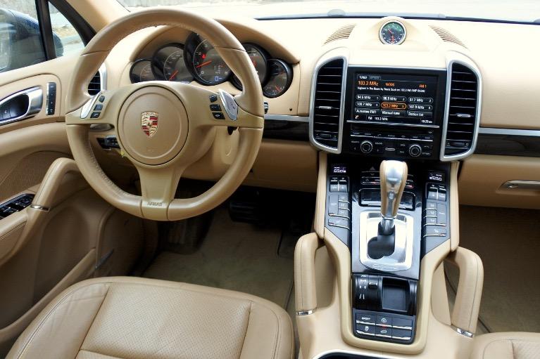 Used 2013 Porsche Cayenne AWD Used 2013 Porsche Cayenne AWD for sale  at Metro West Motorcars LLC in Shrewsbury MA 10