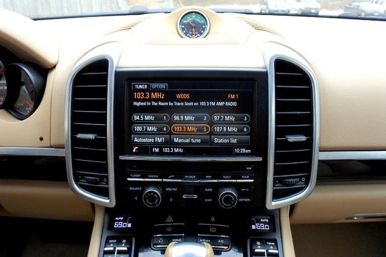 Used 2013 Porsche Cayenne AWD Used 2013 Porsche Cayenne AWD for sale  at Metro West Motorcars LLC in Shrewsbury MA 11