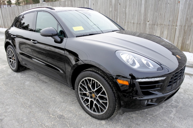 Used 2017 Porsche Macan S AWD Used 2017 Porsche Macan S AWD for sale  at Metro West Motorcars LLC in Shrewsbury MA 7