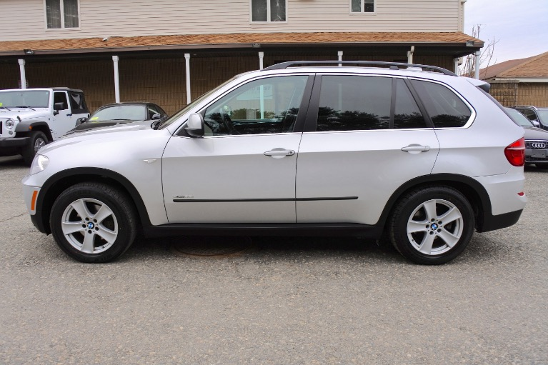 Used 2013 BMW X5 xDrive35i AWD Used 2013 BMW X5 xDrive35i AWD for sale  at Metro West Motorcars LLC in Shrewsbury MA 2
