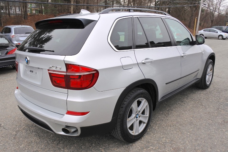 Used 2013 BMW X5 xDrive35i AWD Used 2013 BMW X5 xDrive35i AWD for sale  at Metro West Motorcars LLC in Shrewsbury MA 5
