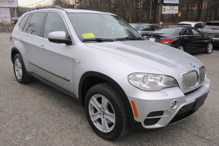 Used 2013 BMW X5 xDrive35i AWD Used 2013 BMW X5 xDrive35i AWD for sale  at Metro West Motorcars LLC in Shrewsbury MA 7