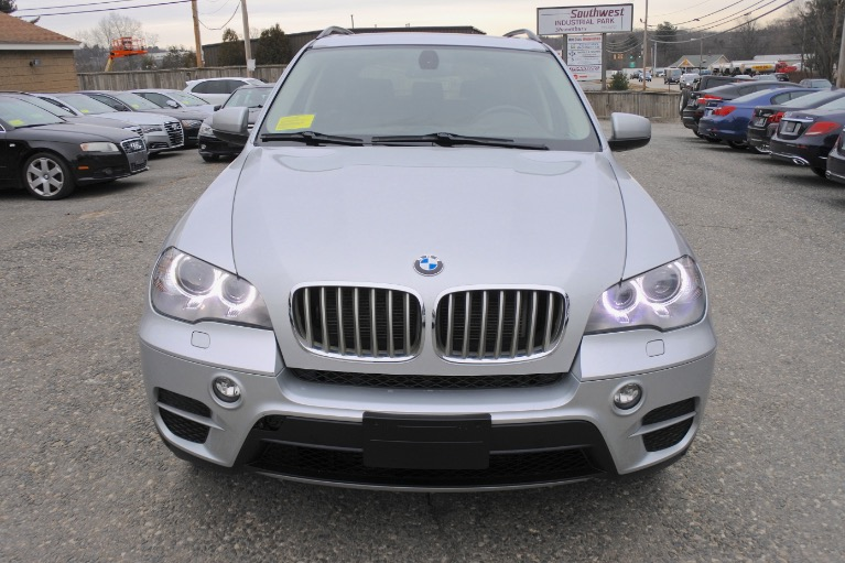 Used 2013 BMW X5 xDrive35i AWD Used 2013 BMW X5 xDrive35i AWD for sale  at Metro West Motorcars LLC in Shrewsbury MA 8
