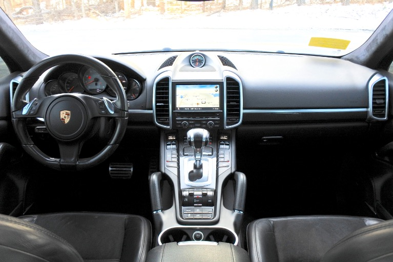 Used 2013 Porsche Cayenne AWD 4dr GTS Used 2013 Porsche Cayenne AWD 4dr GTS for sale  at Metro West Motorcars LLC in Shrewsbury MA 9