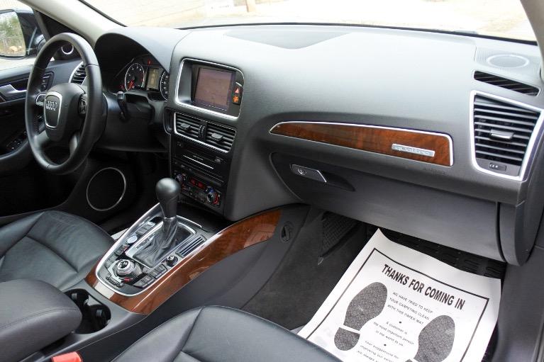Used 2012 Audi Q5 3.2 quattro Premium Plus Used 2012 Audi Q5 3.2 quattro Premium Plus for sale  at Metro West Motorcars LLC in Shrewsbury MA 20