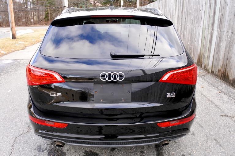Used 2012 Audi Q5 3.2 quattro Premium Plus Used 2012 Audi Q5 3.2 quattro Premium Plus for sale  at Metro West Motorcars LLC in Shrewsbury MA 4