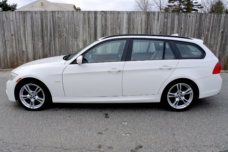 Used 2011 BMW 3 Series 4dr Sports Wgn 328i xDrive AWD Used 2011 BMW 3 Series 4dr Sports Wgn 328i xDrive AWD for sale  at Metro West Motorcars LLC in Shrewsbury MA 2