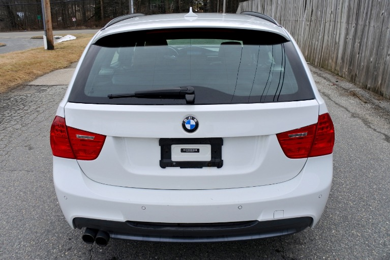 Used 2011 BMW 3 Series 4dr Sports Wgn 328i xDrive AWD Used 2011 BMW 3 Series 4dr Sports Wgn 328i xDrive AWD for sale  at Metro West Motorcars LLC in Shrewsbury MA 4