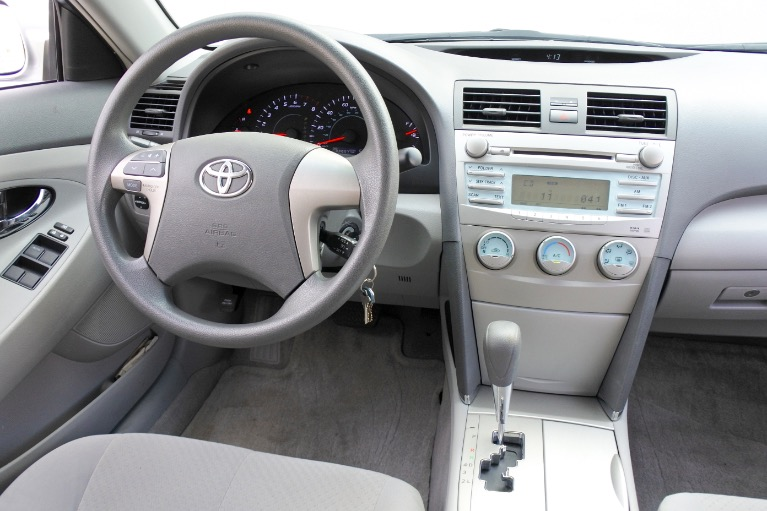 Used 2009 Toyota Camry LE Used 2009 Toyota Camry LE for sale  at Metro West Motorcars LLC in Shrewsbury MA 10