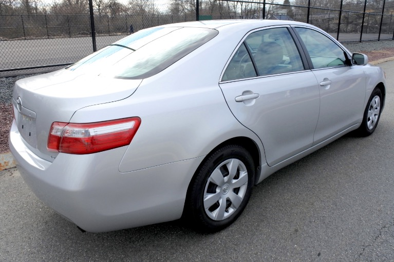 Used 2009 Toyota Camry LE Used 2009 Toyota Camry LE for sale  at Metro West Motorcars LLC in Shrewsbury MA 5