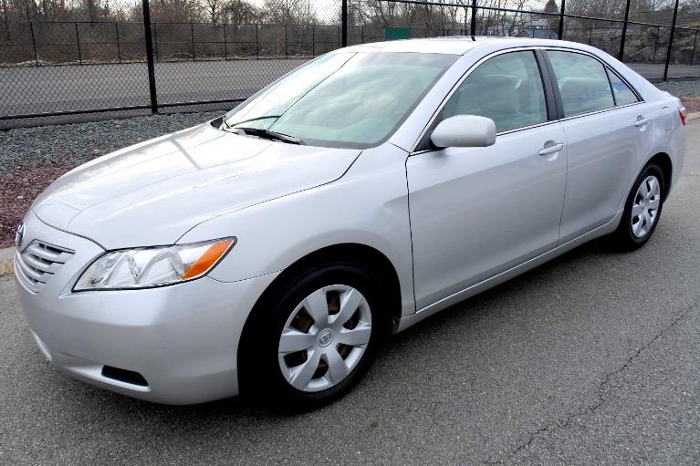 Used 2009 Toyota Camry LE Used 2009 Toyota Camry LE for sale  at Metro West Motorcars LLC in Shrewsbury MA 1