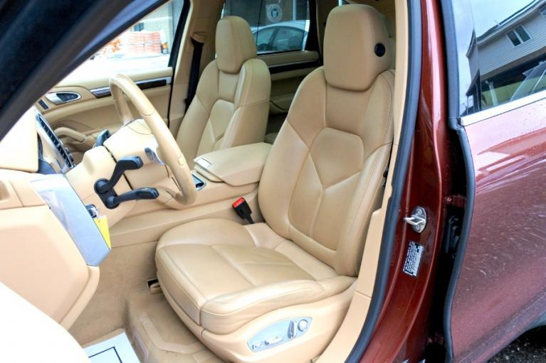 Used 2013 Porsche Cayenne AWD 4dr Diesel Used 2013 Porsche Cayenne AWD 4dr Diesel for sale  at Metro West Motorcars LLC in Shrewsbury MA 13