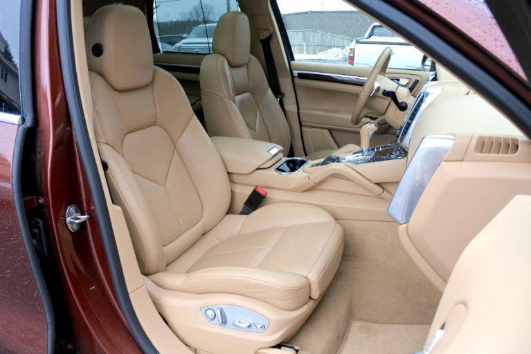 Used 2013 Porsche Cayenne AWD 4dr Diesel Used 2013 Porsche Cayenne AWD 4dr Diesel for sale  at Metro West Motorcars LLC in Shrewsbury MA 19