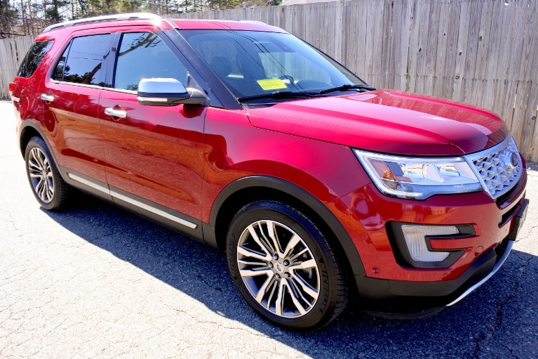 Used 2017 Ford Explorer Platinum 4WD Used 2017 Ford Explorer Platinum 4WD for sale  at Metro West Motorcars LLC in Shrewsbury MA 7