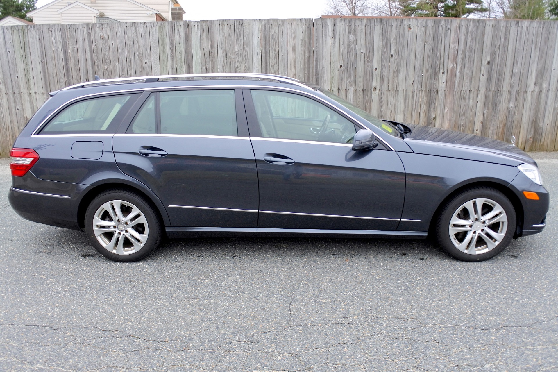 Used 2011 Mercedes-Benz E-Class 4dr Wgn E350 Luxury 4MATIC Used 2011 Mercedes-Benz E-Class 4dr Wgn E350 Luxury 4MATIC for sale  at Metro West Motorcars LLC in Shrewsbury MA 6