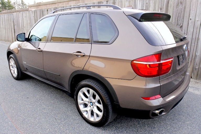 Used 2011 BMW X5 xDrive 35i Premium AWD Used 2011 BMW X5 xDrive 35i Premium AWD for sale  at Metro West Motorcars LLC in Shrewsbury MA 3