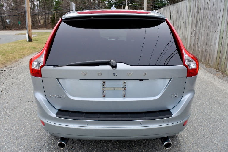 Used 2010 Volvo Xc60 T6 3.0T R-Design AWD Used 2010 Volvo Xc60 T6 3.0T R-Design AWD for sale  at Metro West Motorcars LLC in Shrewsbury MA 4