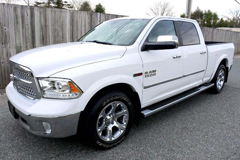 Used Used 2015 Ram 1500 4WD Crew Cab 149' Laramie for sale $29,800 at Metro West Motorcars LLC in Shrewsbury MA
