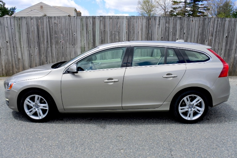 Used 2015 Volvo V60 T5 Drive-E Premier Used 2015 Volvo V60 T5 Drive-E Premier for sale  at Metro West Motorcars LLC in Shrewsbury MA 2