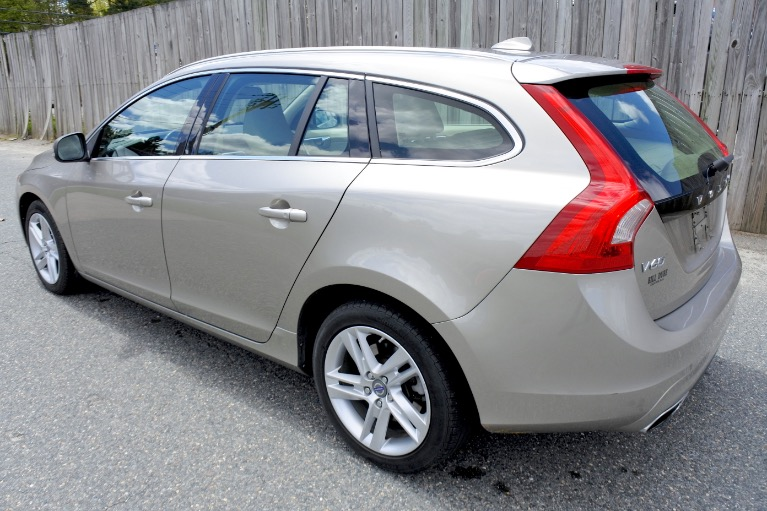 Used 2015 Volvo V60 T5 Drive-E Premier Used 2015 Volvo V60 T5 Drive-E Premier for sale  at Metro West Motorcars LLC in Shrewsbury MA 3