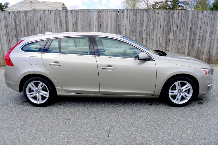Used 2015 Volvo V60 T5 Drive-E Premier Used 2015 Volvo V60 T5 Drive-E Premier for sale  at Metro West Motorcars LLC in Shrewsbury MA 6