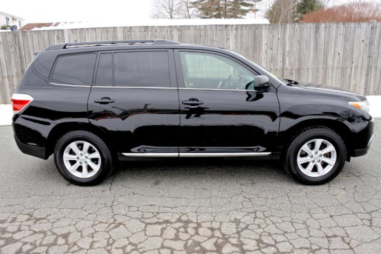 Used 2011 Toyota Highlander 4WD 4dr V6 SE (Natl) Used 2011 Toyota Highlander 4WD 4dr V6 SE (Natl) for sale  at Metro West Motorcars LLC in Shrewsbury MA 6