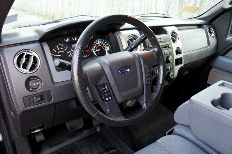 Used 2011 Ford F-150 4WD SuperCrew 145' XLT Used 2011 Ford F-150 4WD SuperCrew 145' XLT for sale  at Metro West Motorcars LLC in Shrewsbury MA 12
