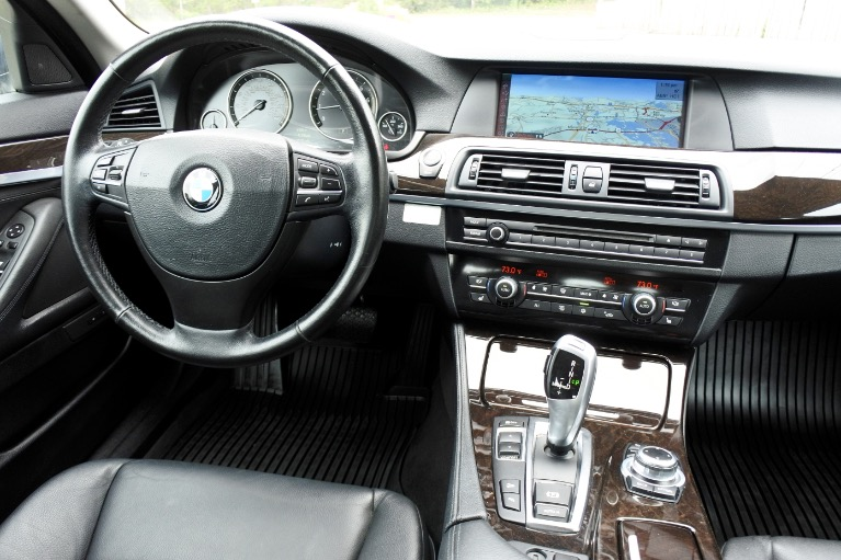 Used 2012 BMW 5 Series 528i xDrive AWD Used 2012 BMW 5 Series 528i xDrive AWD for sale  at Metro West Motorcars LLC in Shrewsbury MA 10