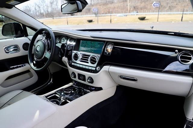 Used 2014 Rolls-Royce Wraith V12 Coupe Used 2014 Rolls-Royce Wraith V12 Coupe for sale  at Metro West Motorcars LLC in Shrewsbury MA 14