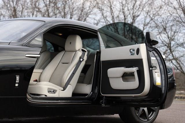Used 2014 Rolls-Royce Wraith V12 Coupe Used 2014 Rolls-Royce Wraith V12 Coupe for sale  at Metro West Motorcars LLC in Shrewsbury MA 9