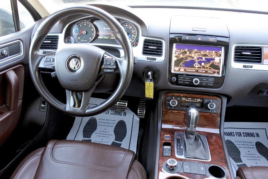 Used 2011 Volkswagen Touareg Hybrid 4MOTION Used 2011 Volkswagen Touareg Hybrid 4MOTION for sale  at Metro West Motorcars LLC in Shrewsbury MA 10