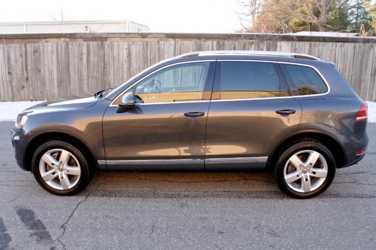 Used 2011 Volkswagen Touareg Hybrid 4MOTION Used 2011 Volkswagen Touareg Hybrid 4MOTION for sale  at Metro West Motorcars LLC in Shrewsbury MA 2