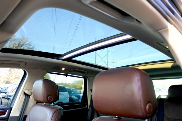 Used 2011 Volkswagen Touareg Hybrid 4MOTION Used 2011 Volkswagen Touareg Hybrid 4MOTION for sale  at Metro West Motorcars LLC in Shrewsbury MA 23