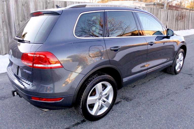 Used 2011 Volkswagen Touareg Hybrid 4MOTION Used 2011 Volkswagen Touareg Hybrid 4MOTION for sale  at Metro West Motorcars LLC in Shrewsbury MA 5