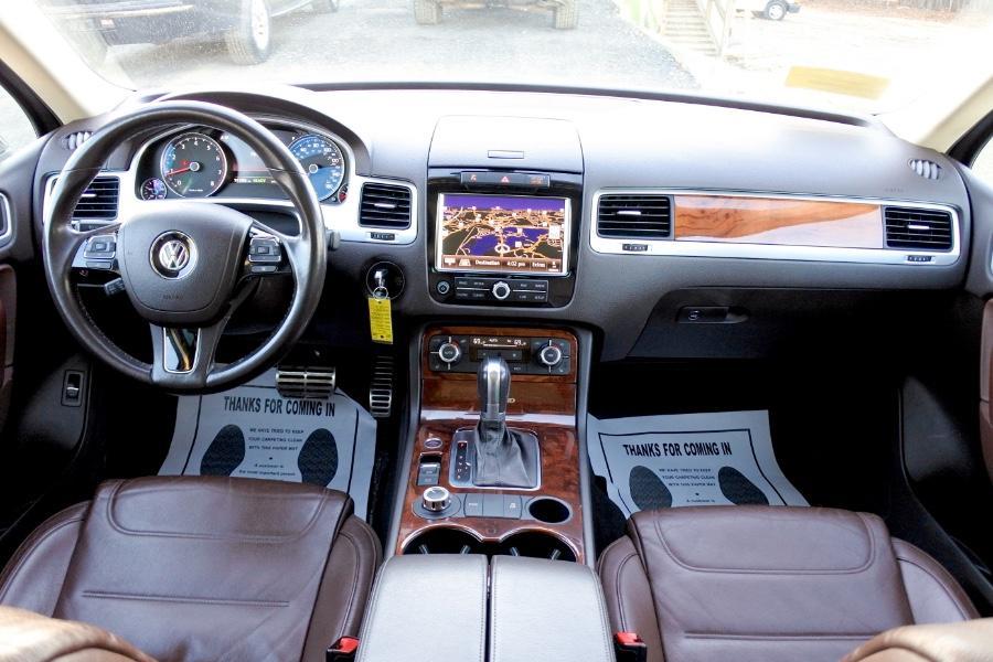 Used 2011 Volkswagen Touareg Hybrid 4MOTION Used 2011 Volkswagen Touareg Hybrid 4MOTION for sale  at Metro West Motorcars LLC in Shrewsbury MA 9