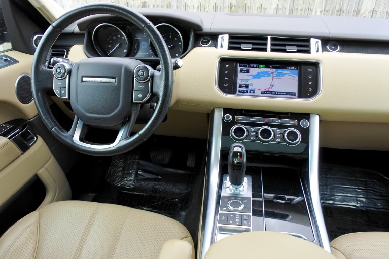 Used 2016 Land Rover Range Rover Sport HSE 4WD Used 2016 Land Rover Range Rover Sport HSE 4WD for sale  at Metro West Motorcars LLC in Shrewsbury MA 10