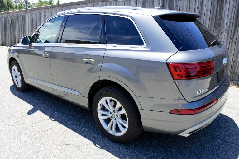 Used 2018 Audi Q7 2.0 Premium Plus Quattro Used 2018 Audi Q7 2.0 Premium Plus Quattro for sale  at Metro West Motorcars LLC in Shrewsbury MA 3