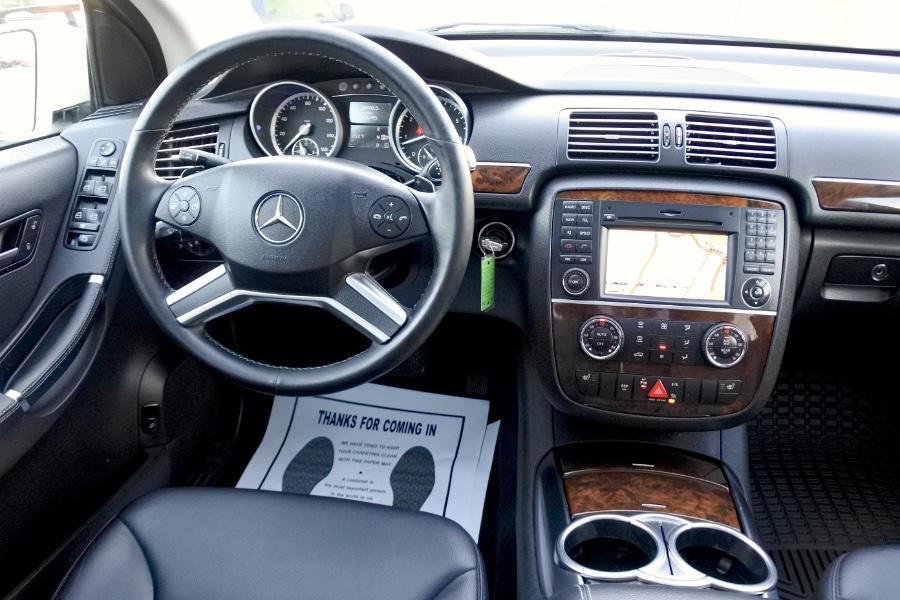 Used 2011 Mercedes-Benz R-Class 4MATIC 4dr R350 Used 2011 Mercedes-Benz R-Class 4MATIC 4dr R350 for sale  at Metro West Motorcars LLC in Shrewsbury MA 11