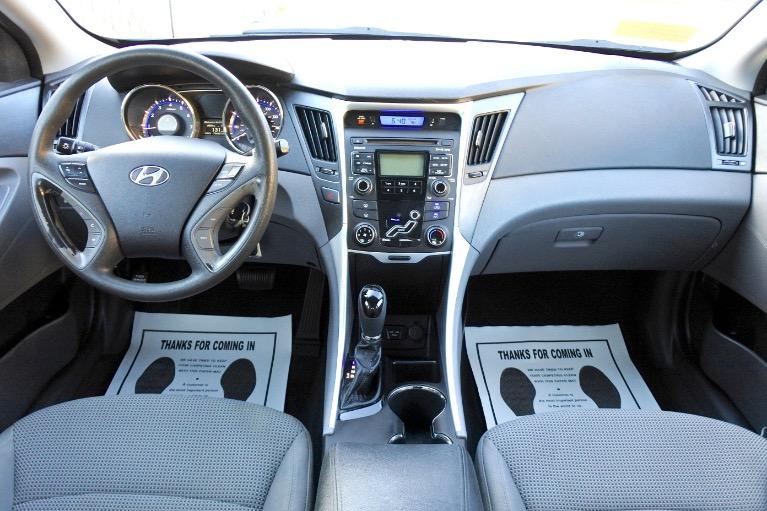 Used 2011 Hyundai Sonata GLS Used 2011 Hyundai Sonata GLS for sale  at Metro West Motorcars LLC in Shrewsbury MA 9