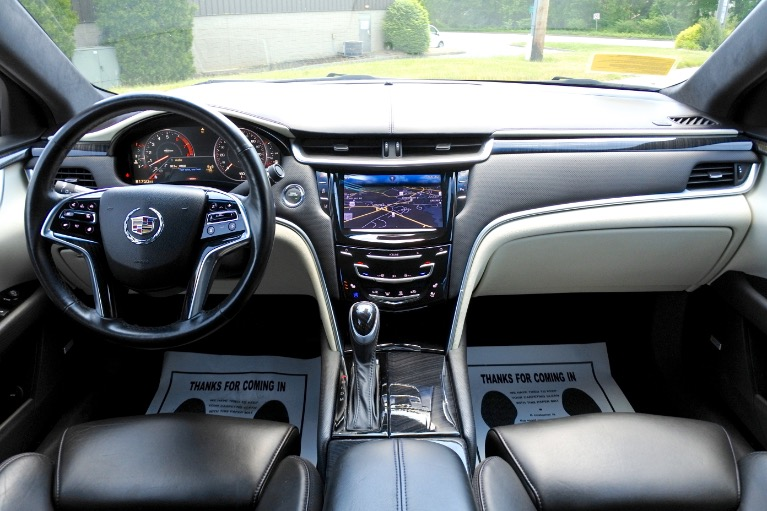 Used 2015 Cadillac Xts Vsport Platinum AWD Used 2015 Cadillac Xts Vsport Platinum AWD for sale  at Metro West Motorcars LLC in Shrewsbury MA 9