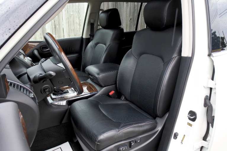 Used 2015 Infiniti Qx80 4WD Used 2015 Infiniti Qx80 4WD for sale  at Metro West Motorcars LLC in Shrewsbury MA 14