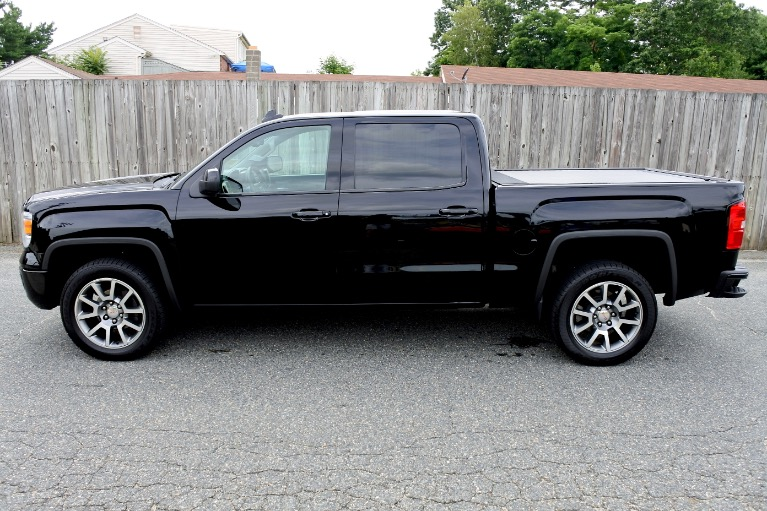 Used 2015 GMC Sierra 1500 4WD Crew Cab 143.5' Denali Used 2015 GMC Sierra 1500 4WD Crew Cab 143.5' Denali for sale  at Metro West Motorcars LLC in Shrewsbury MA 2