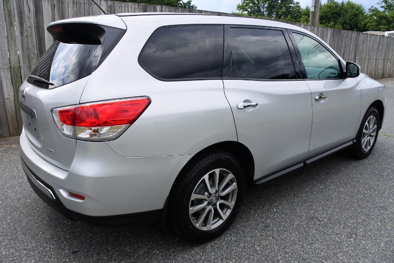 Used 2014 Nissan Pathfinder 4WD 4dr S Used 2014 Nissan Pathfinder 4WD 4dr S for sale  at Metro West Motorcars LLC in Shrewsbury MA 5