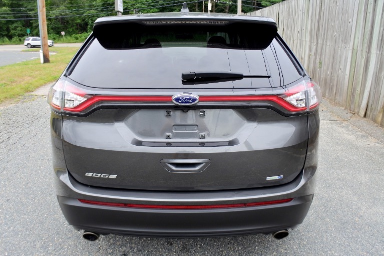Used 2015 Ford Edge SE AWD Used 2015 Ford Edge SE AWD for sale  at Metro West Motorcars LLC in Shrewsbury MA 4