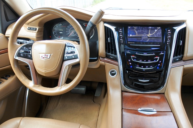 Used 2016 Cadillac Escalade Esv Platinum 4WD Used 2016 Cadillac Escalade Esv Platinum 4WD for sale  at Metro West Motorcars LLC in Shrewsbury MA 10