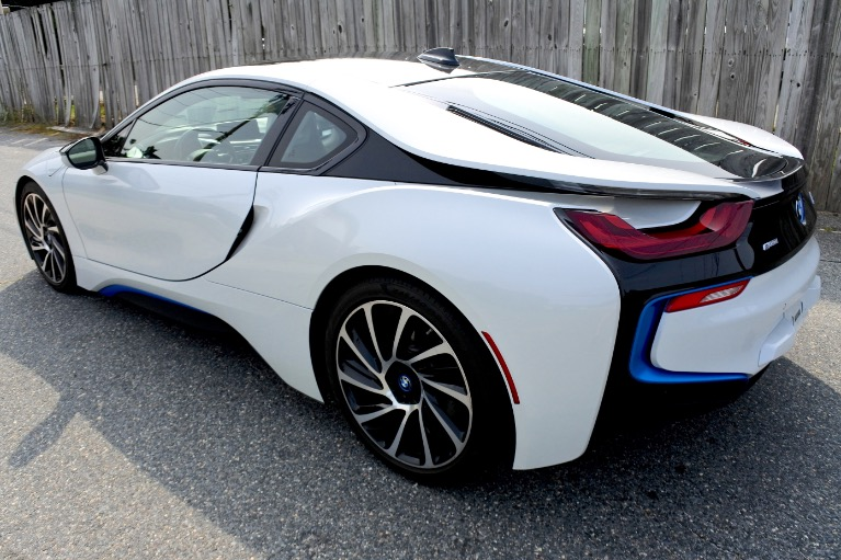 Used 2016 BMW I8 Giga Coupe Used 2016 BMW I8 Giga Coupe for sale  at Metro West Motorcars LLC in Shrewsbury MA 3