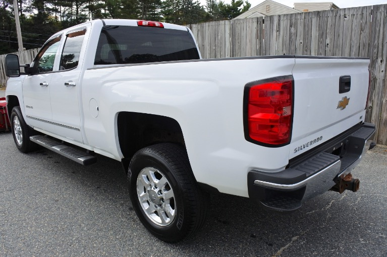 Used 2015 Chevrolet Silverado 2500hd 4WD Double Cab 144.2' LTZ Used 2015 Chevrolet Silverado 2500hd 4WD Double Cab 144.2' LTZ for sale  at Metro West Motorcars LLC in Shrewsbury MA 4