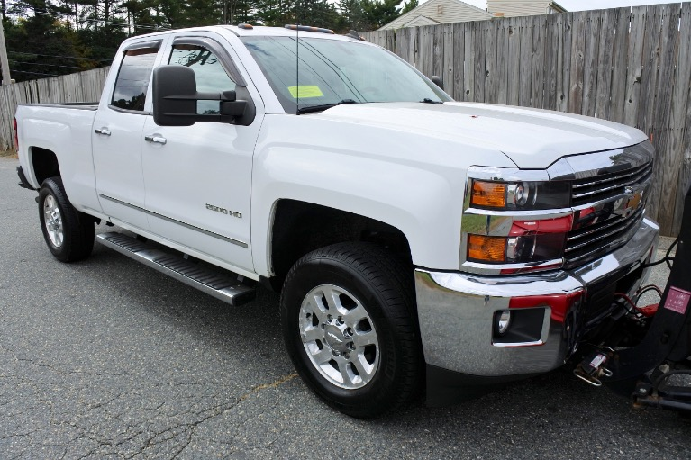 Used 2015 Chevrolet Silverado 2500hd 4WD Double Cab 144.2' LTZ Used 2015 Chevrolet Silverado 2500hd 4WD Double Cab 144.2' LTZ for sale  at Metro West Motorcars LLC in Shrewsbury MA 8
