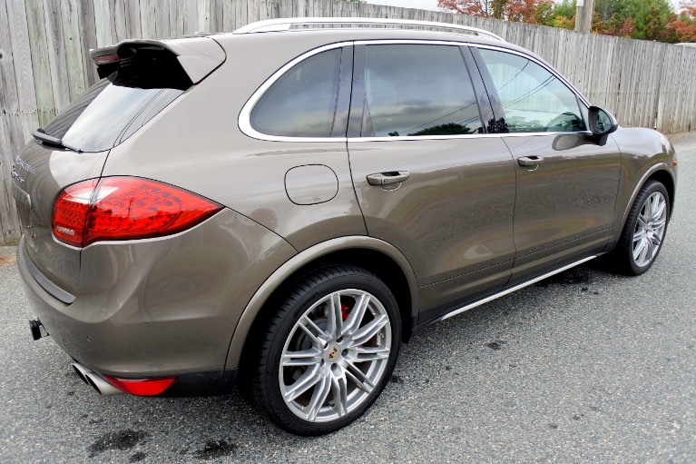 Used 2013 Porsche Cayenne Turbo AWD Used 2013 Porsche Cayenne Turbo AWD for sale  at Metro West Motorcars LLC in Shrewsbury MA 5